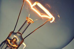 filament of the incandescent bulb